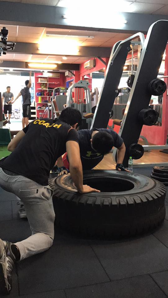 Phòng tập gym Thể Lực Vàng, Tân Bình