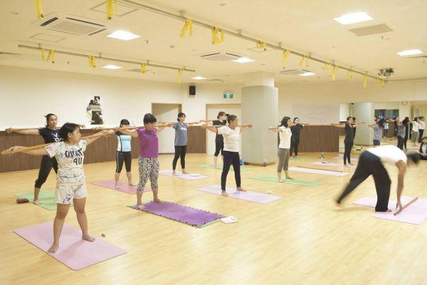 Phòng tập gym Renaissance Japan Aeon Long Biên, Quận Long Biên