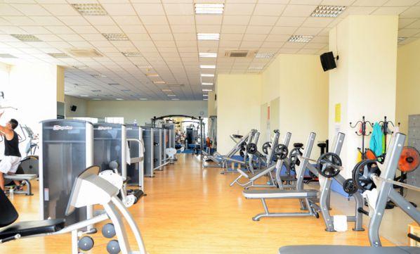 Phòng tập gym MD FITNESS - Life Fitness (cơ sở Văn Cao), Quận Ba Đình