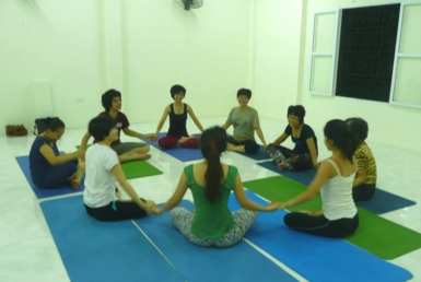 Phong-tap-Oneness-Yoga-VN-QuanDong-Da (1)