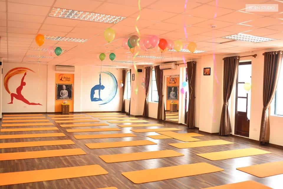 Phong-tap-PALAN-Yoga-Center-Quan-Dong-Da (3)