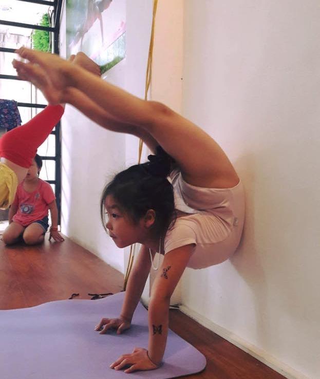 Phong-tap-Yoga-Viet-Nam-Yoga-Center-Quang-Oai-Ba-Vi (2)