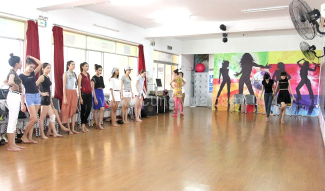 cau-lac-bo-dance-sport-rach-mieu-phu-nhuan (2)