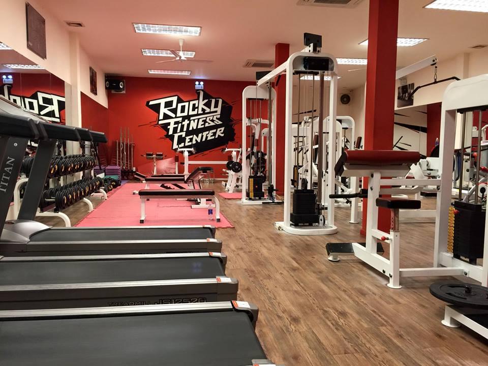 cau-lac-bo-the-hinh-Rocky-Fitness-Center (4)
