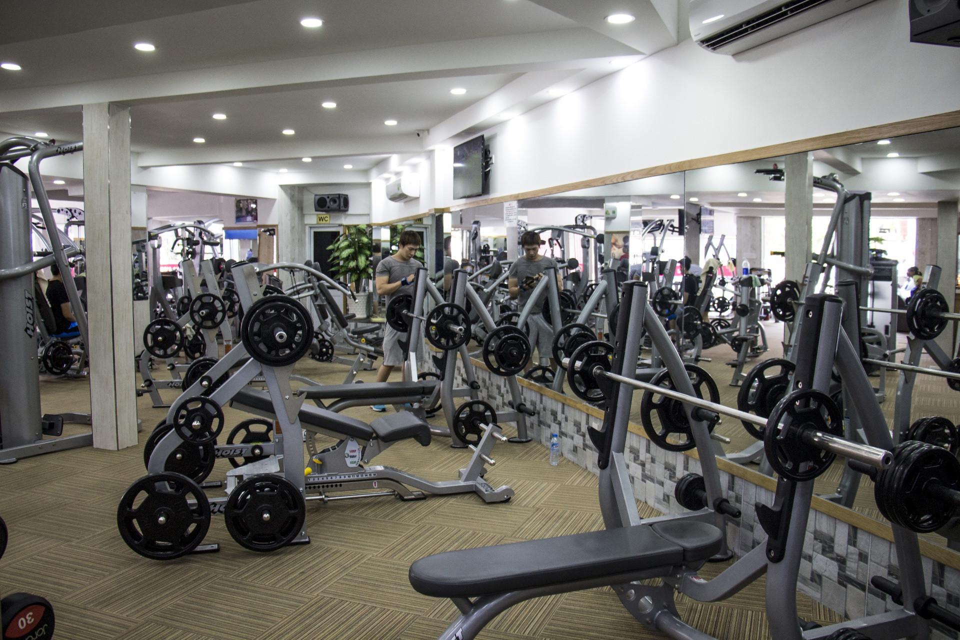 phong-tap-dung-gym-le-van-sy-phu-nhuan (45)