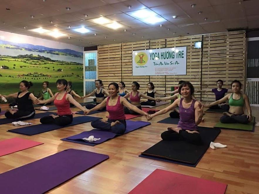 phong-tap-yoga-huong-tre (4)
