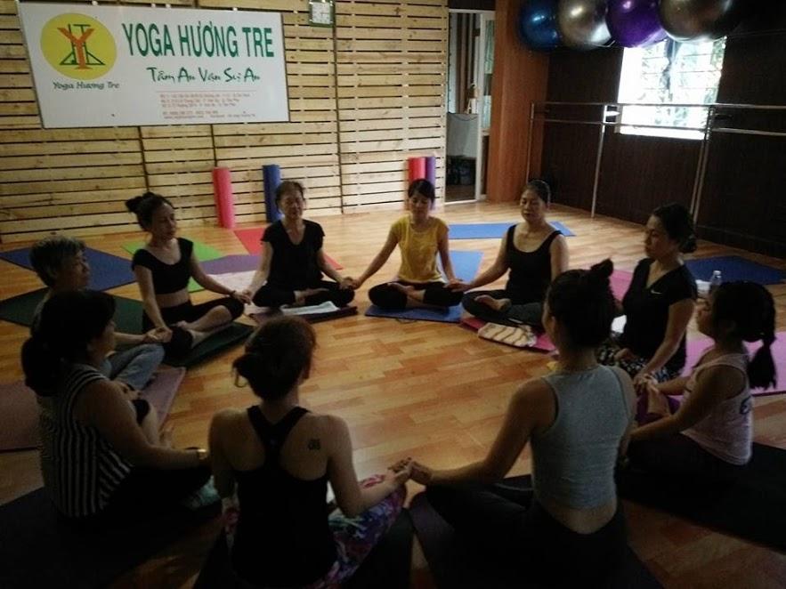 phong-tap-yoga-huong-tre (5)