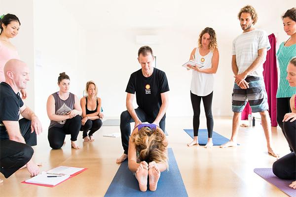 trung-tam-yoga-anh-binh-minh-quan12 (4)